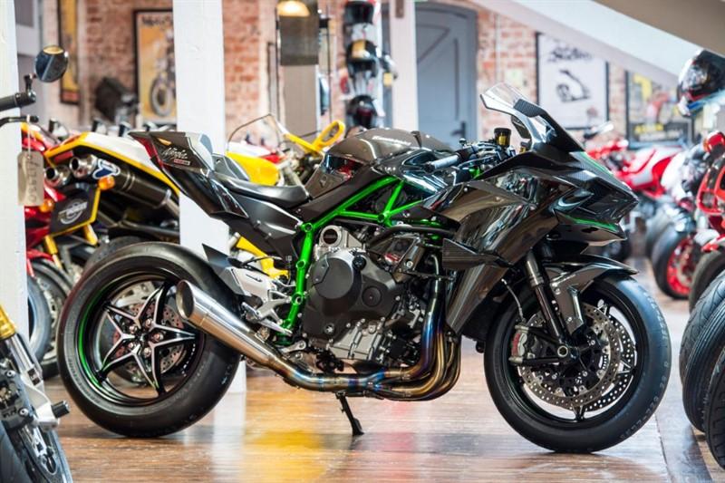 "used Kawasaki Ninja H2 R 300BHP SUPERCHARGED  ""BEAST"" in sheffield-for-sale"