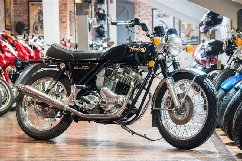 used Norton Commando 850 STUNNING RESTORED EXAMPLE in sheffield-for-sale