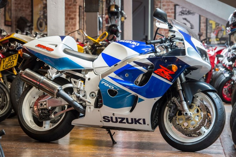 used Suzuki GSXR 750 W TOO GOOD TO TRADE in sheffield-for-sale