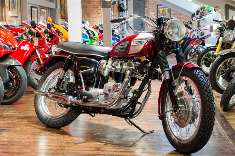 used Triumph Bonneville BONNEVILLE T120R - ABSOLUTLEY BEAUTIFUL in sheffield-for-sale