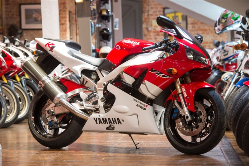 used Yamaha YZF-R1 CONCOURS ORIGINAL EXAMPLE in sheffield-for-sale