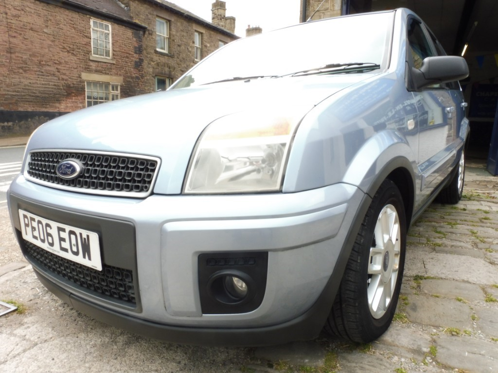 used Ford Fusion ZETEC CLIMATE in derbyshire
