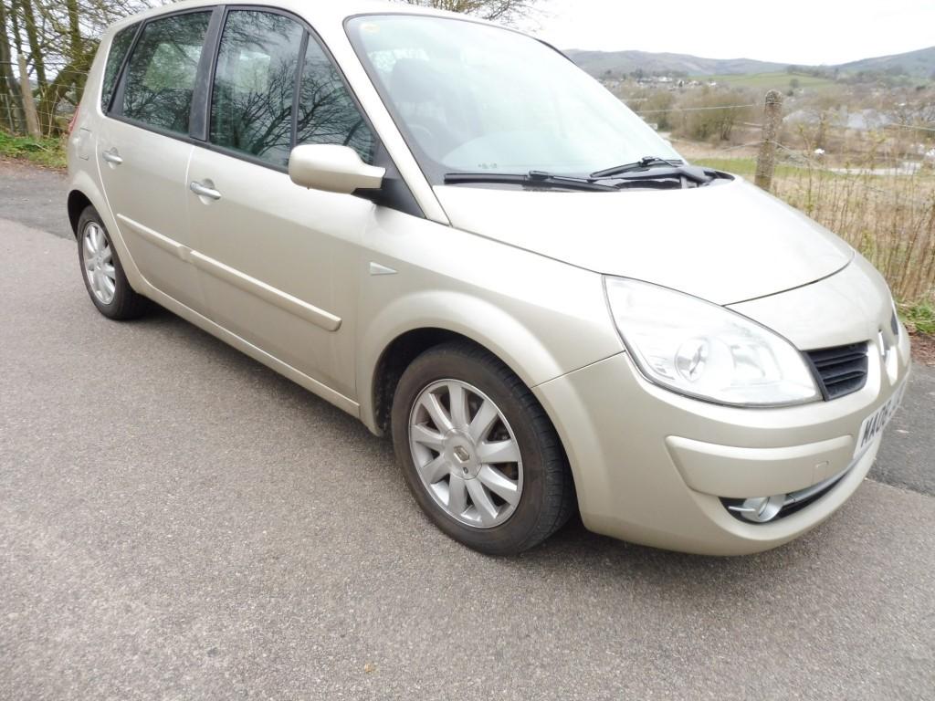 used Renault Megane DYNAMIQUE VVT 111 SCENIC in derbyshire