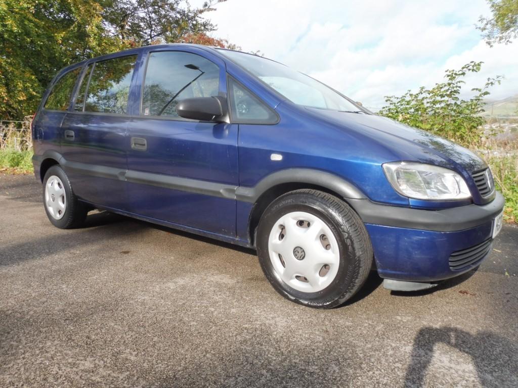 used Vauxhall Zafira CLUB 16V in derbyshire