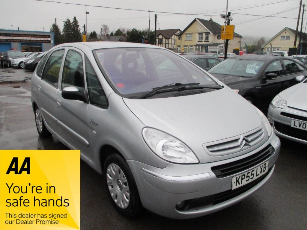 used silver citroen xsara picasso for sale glamorgan. Black Bedroom Furniture Sets. Home Design Ideas