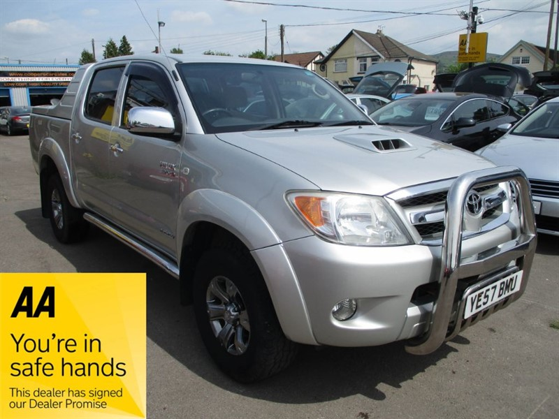 used Toyota Hilux HI-LUX INVINCIBLE D-4D 4X4 D/C in gwent