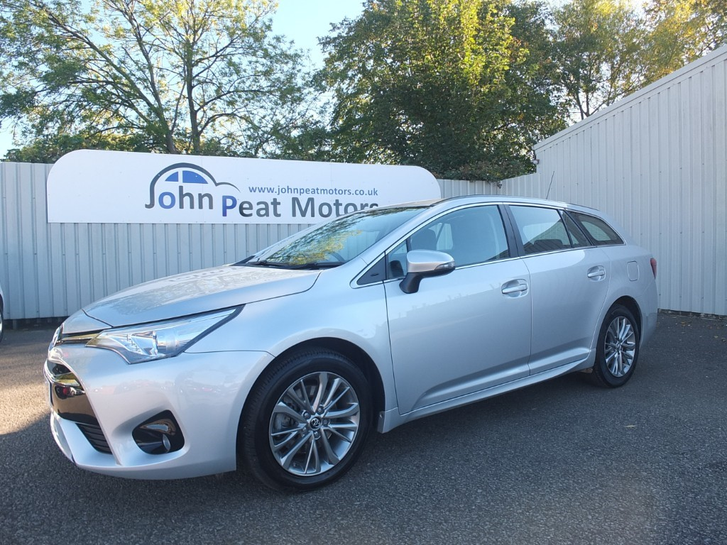 used Toyota Avensis 2.0 D-4D Business Edition Estate 5dr Diesel