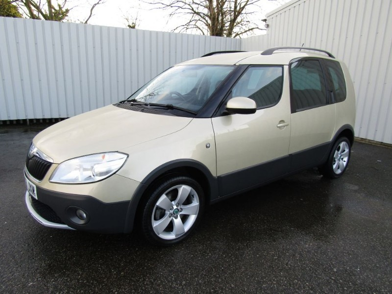 skoda roomster 1 6 scout tdi cr diesel 5dr full service history beige fsh for sale sleaford. Black Bedroom Furniture Sets. Home Design Ideas