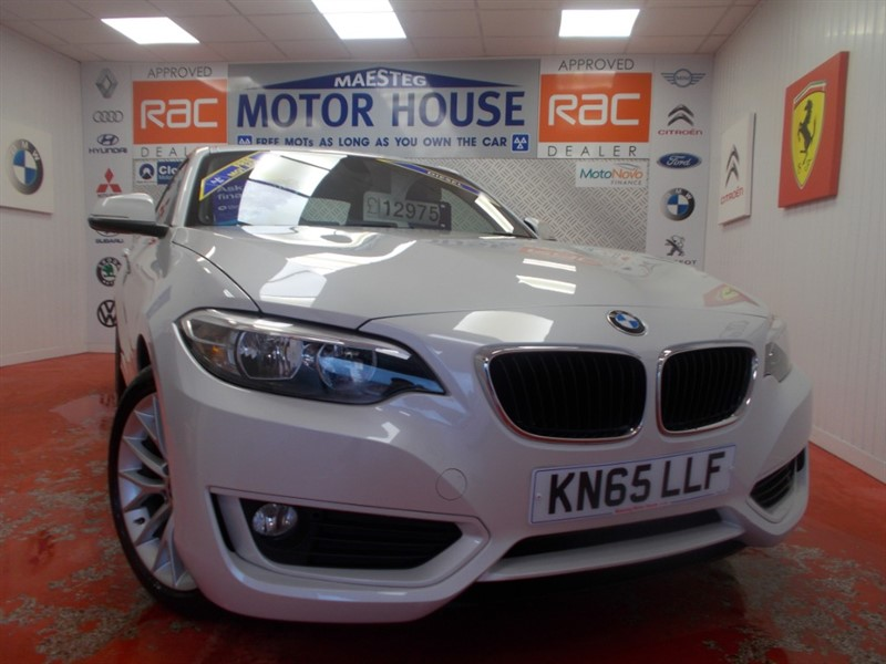 used BMW 218d SE(SAT NAV AND ONLY 29345 MILES) FREE MOT'S AS LONG AS YOU OWN THE CAR!!! in glamorgan