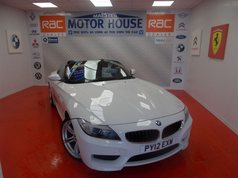 used BMW Z4 SDRIVE20I M SPORT ROADSTER(FREE MOT'S AS LONG AS YOU OWN THE CAR!!) in glamorgan