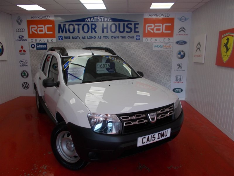 used Dacia Duster ACCESS(ONLY 32000 MILES)FREE MOT'S AS LONG AS YOU OWN THE CAR!!! in glamorgan