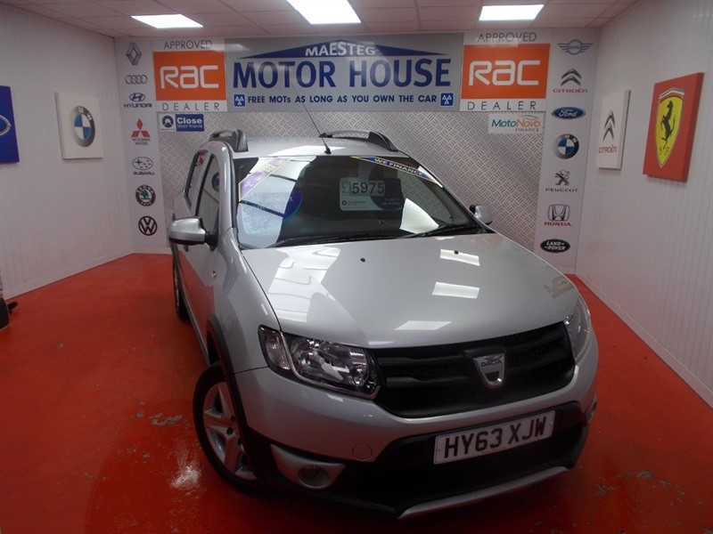 used Dacia Sandero STEPWAY AMBIANCE TCE(FREE MOT'S AS LONG AS YOU OWN THE CAR!!!) in glamorgan