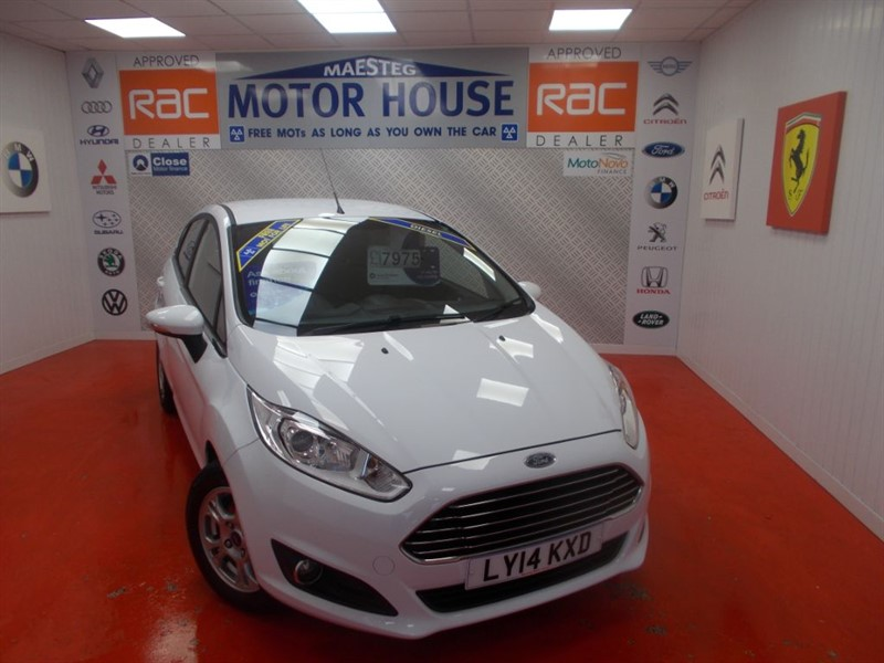 used Ford Fiesta ZETEC ECONETIC TDCI(£0.00 ROAD TAX) FREE MOT'S AS LONG AS YOU OWN THE CAR!! in glamorgan