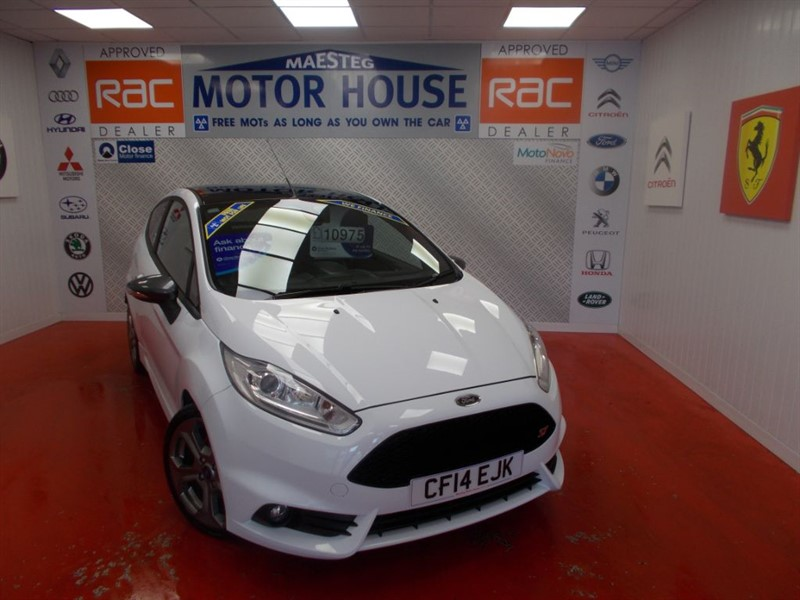 used Ford Fiesta ST-2 (SAT NAV AND HUGE SPEC) FREE MOT'S AS LONG AS YOU OWN THE CAR!!! in glamorgan