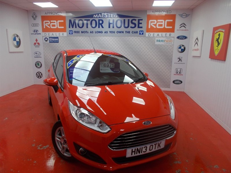 used Ford Fiesta ZETEC(AUTOMATIC) FREE MOT'S AS LONG AS YOU OWN THE CAR!!! in glamorgan