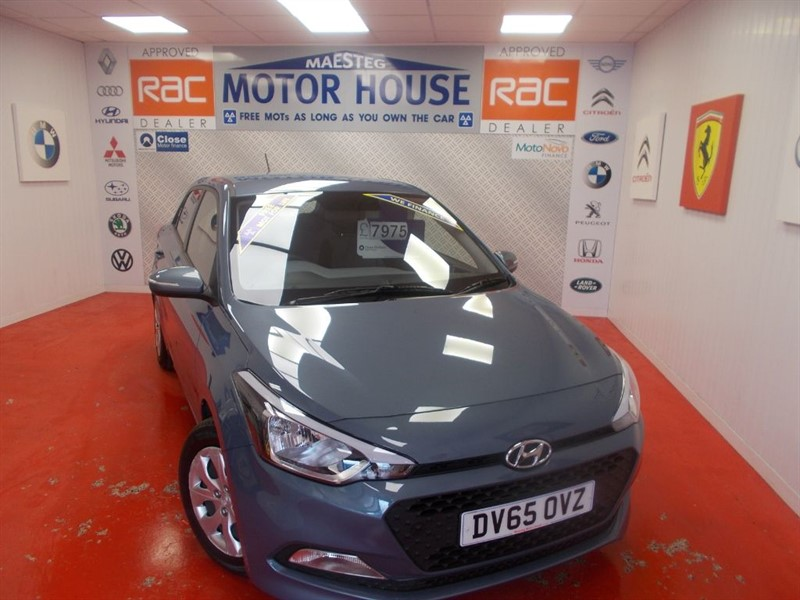 used Hyundai i20 MPI S BLUEDRIVE(ONLY 12000 MILES)FREE MOT'S AS LONG AS YOU OWN THE CAR!!! in glamorgan