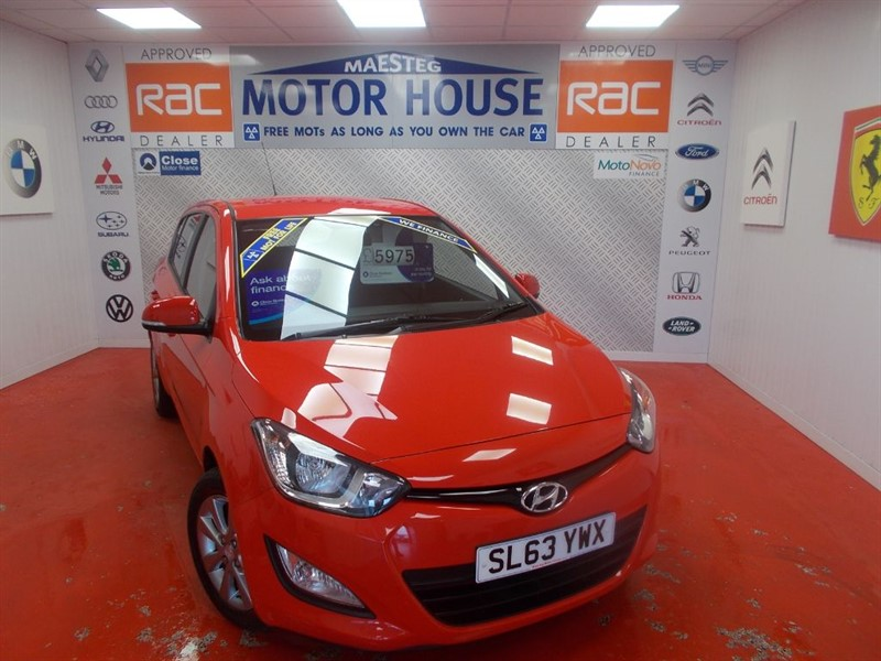 used Hyundai i20 ACTIVE(ONLY 42000 MILES)FREE MOT'S AS LONG AS YOU OWN THE CAR!!! in glamorgan