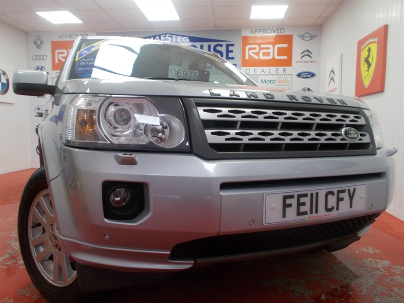 used Land Rover Freelander SD4 XS (SAT NAV AND HALF LEATHER) FREE MOT'S AS LONG AS YOU OWN THE CAR!!! in glamorgan