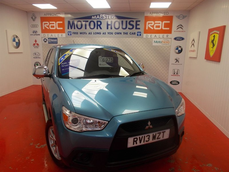 used Mitsubishi ASX 2(A STUNNING EXAMPLE) FREE MOT'S AS LONG AS YOU OWN THE CAR!!! in glamorgan