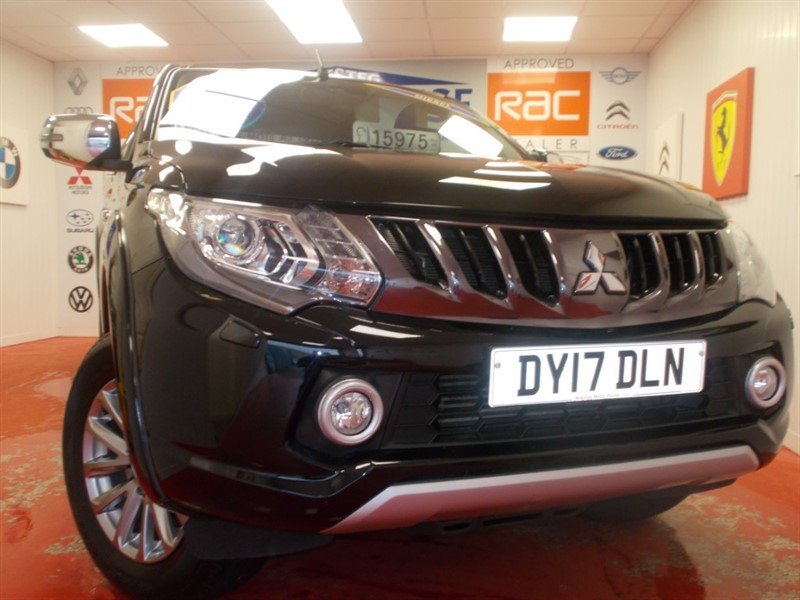 used Mitsubishi L200 DI-D 4WD WARRIOR DCB( FULL LEATHER AND SAT NAV) FREE MOT'S AS LONG AS YOU OWN THE CAR!!!! in glamorgan