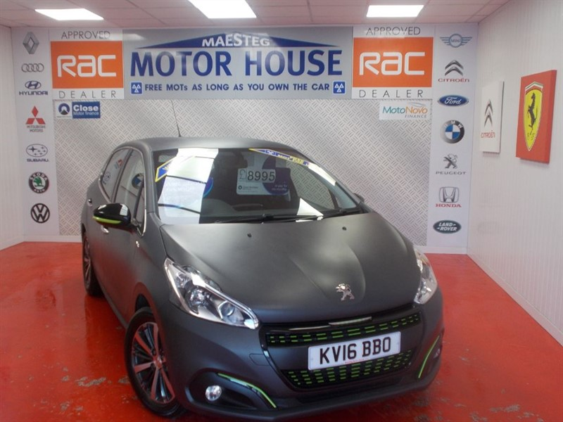used Peugeot 208 PURETECH XS LIME(ONLY1900O MILES) FREE MOT'S AS LONG AS YOU OWN THE CAR!!! in glamorgan