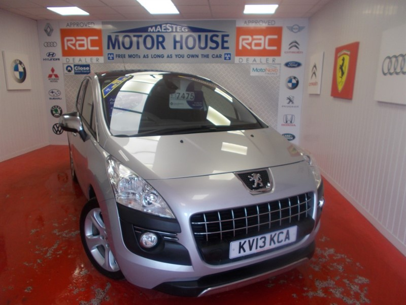 used Peugeot 3008 HDI ALLURE(AUTOMATIC) FREE MOT'S AS LONG AS YOU OWN THE CAR!! in glamorgan