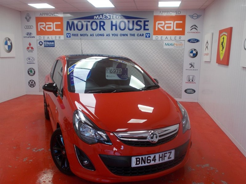 used Vauxhall Corsa LIMITED EDITION(ONLY 9000 MILES) FREE MOT'S AS LONG AS YOU OWN THE CAR!!! in glamorgan
