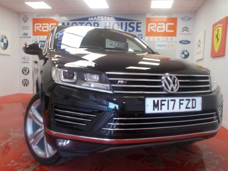 used VW Touareg V6 R-LINE PLUS TDI BLUEMOTION TECHNOLOGY(FREE MOT'S AS LONG AS YOU OWN THE CAR!!!) in glamorgan
