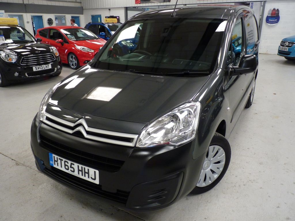 used Citroen Berlingo 625 ENTERPRISE L1 HDI + FSH + FEB 19 MOT + NAV in sheffield
