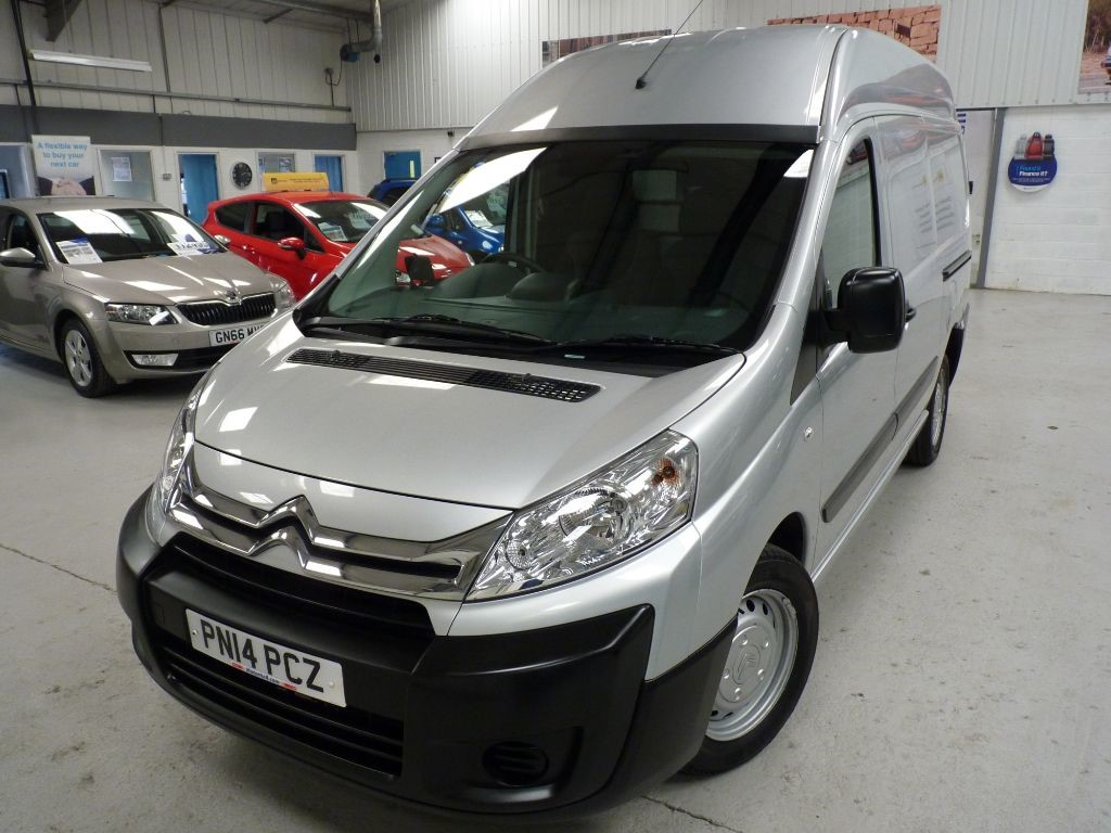 used Citroen Dispatch 1200 L2H2 HDI + 4 SVS + JUST SVS + NAV in sheffield
