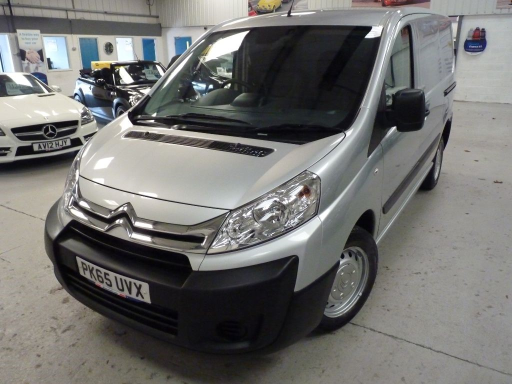 used Citroen Dispatch 1000 L1H1 ENTERPRISE HDI + 4 SERVICES + FEB 20 MOT + 2 KEYS + NAV + BT in sheffield