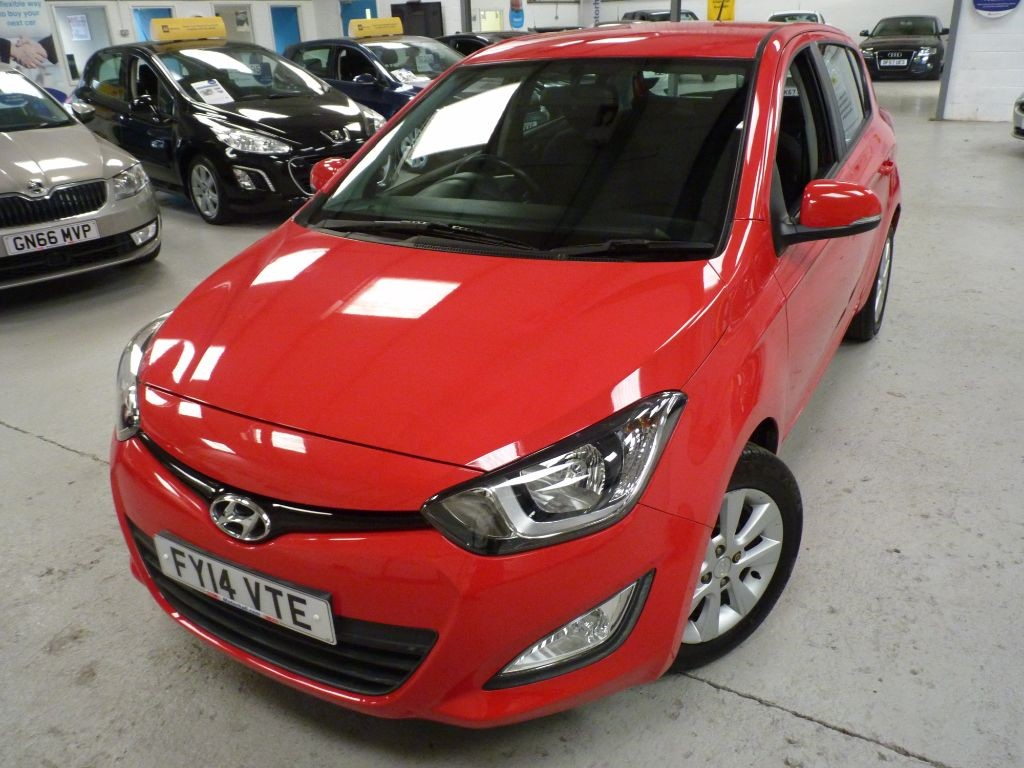 used Hyundai i20 ACTIVE + JUST SERVICED+ £30 pa tax in sheffield