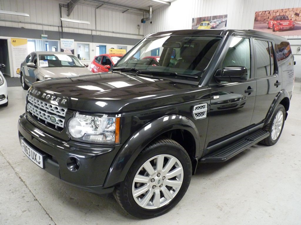 used Land Rover Discovery 4 SDV6 COMMERCIAL + 4 SVS + JULY 19 MOT + REAR SEATS CONV in sheffield