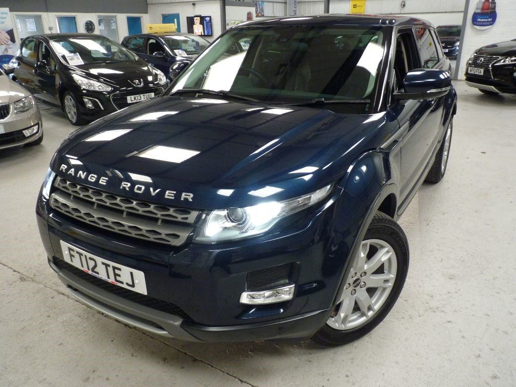 used Land Rover Range Rover Evoque SD4 PURE TECH AWD + SVS HIST + NAV + BT  in sheffield