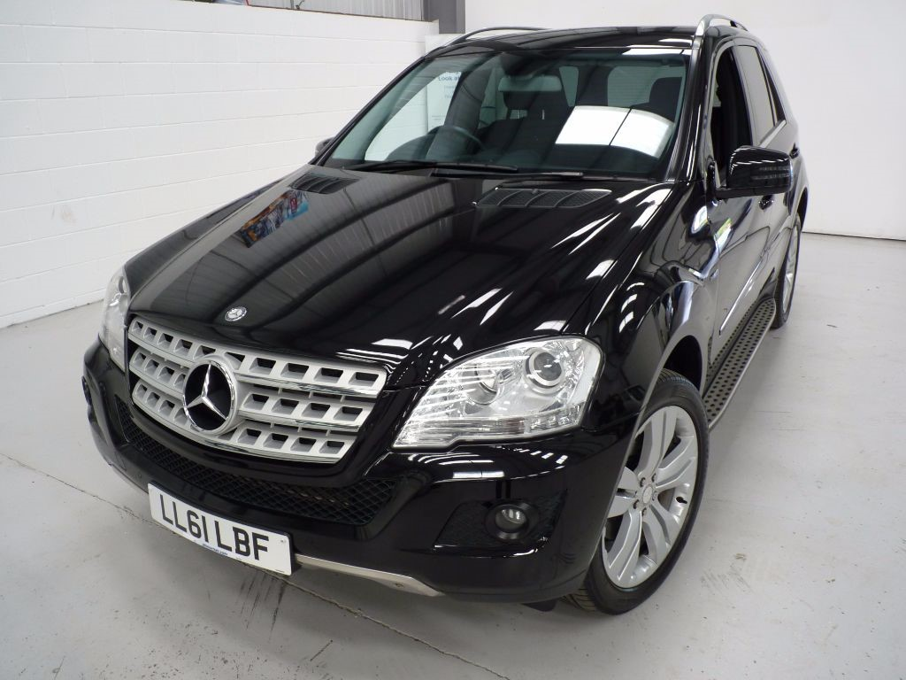 used Mercedes ML300 CDI BLUEEFF SPORT + 5 SVS + JUST SVS in sheffield