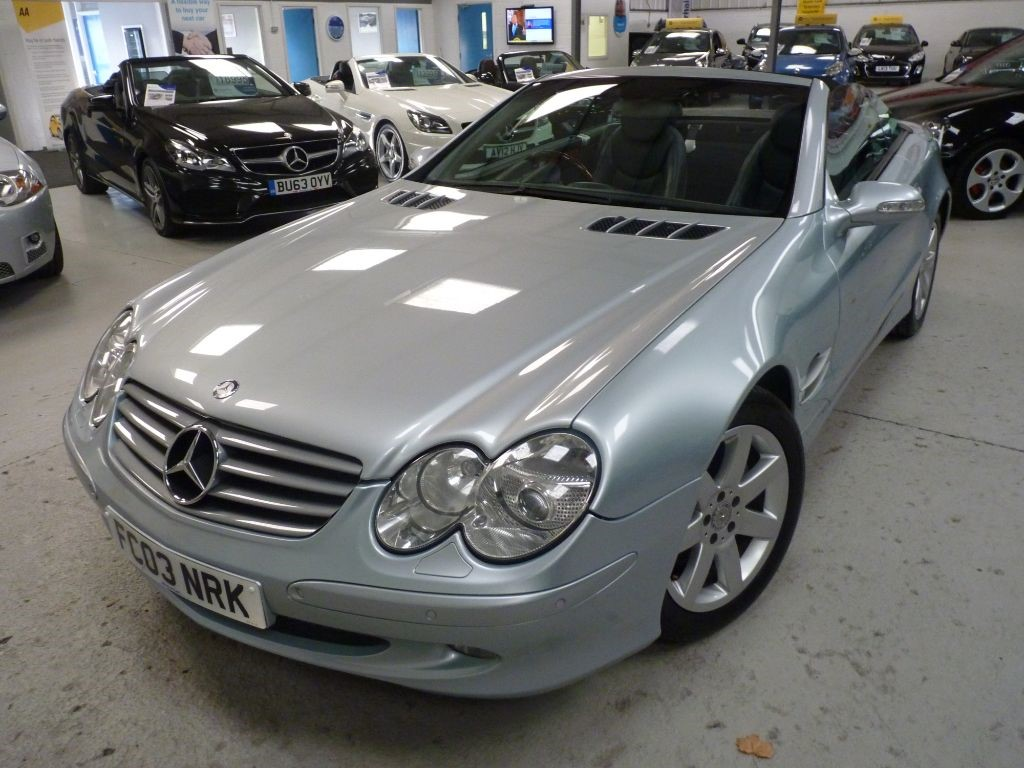 used Mercedes SL SL500 CONV + SERV HIST + 2 OWNERS (SAME) + GLASS ROOF  in sheffield