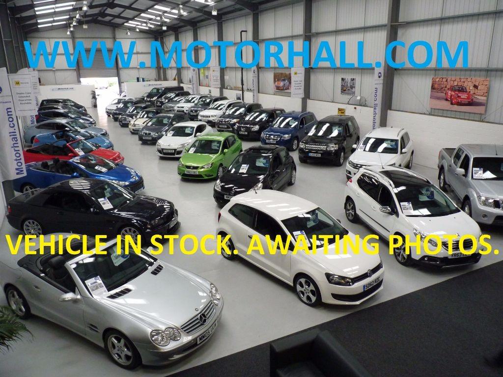 used Nissan Navara ACENTA 4X4 DCB + 7 SERV + NO VAT + 2 KEYS in sheffield