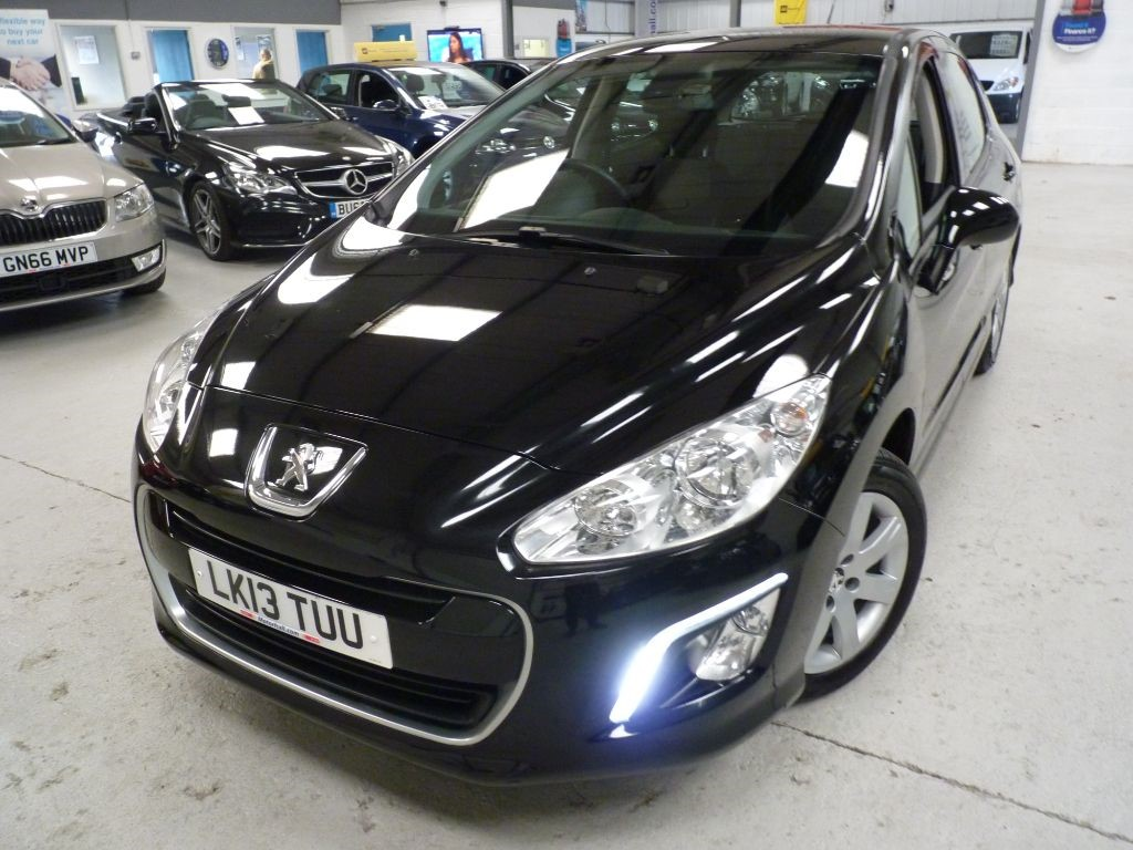 used Peugeot 308 HDI ACTIVE + 6 SVS + £20 TAX in sheffield