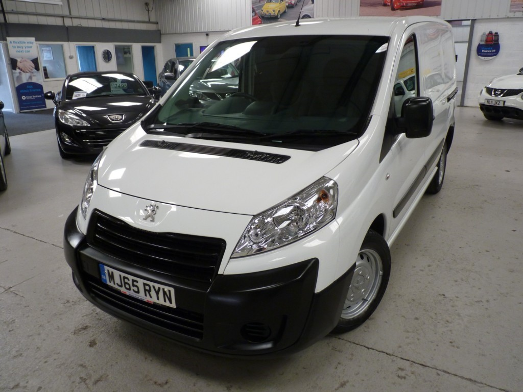 used Peugeot Expert HDI 1000 L1H1 PROFESSIONAL + 3 SERVICES + JULY 20 MOT + BT + AC + 2 KEYS in sheffield