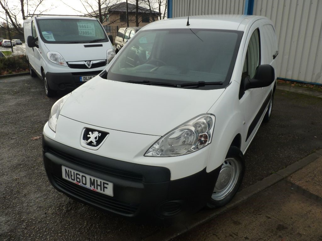 used Peugeot Partner HDI S L1 850 + NO VAT + 6 SVS + RCL/EW/EM/CD in sheffield