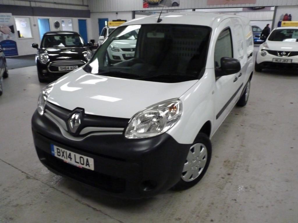 used Renault Kangoo MAXI LL21 CORE 1.5 DCI + SERVICE HIST + JUST SERVICED + MAY 20 MOT + NAV + BT + RCL/EW/EM/AC in sheffield