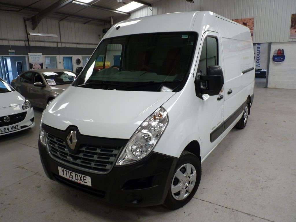 used Renault Master MM35 BUSINESS PLUS ENERGY DCI + SVS HIST + NAV/BT/AC in sheffield