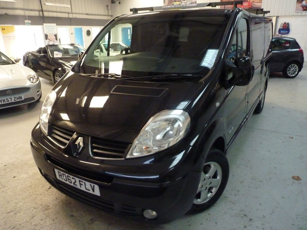 used Renault Trafic LL29 SPORT DCI + SERV HIST + JUST SERV  in sheffield