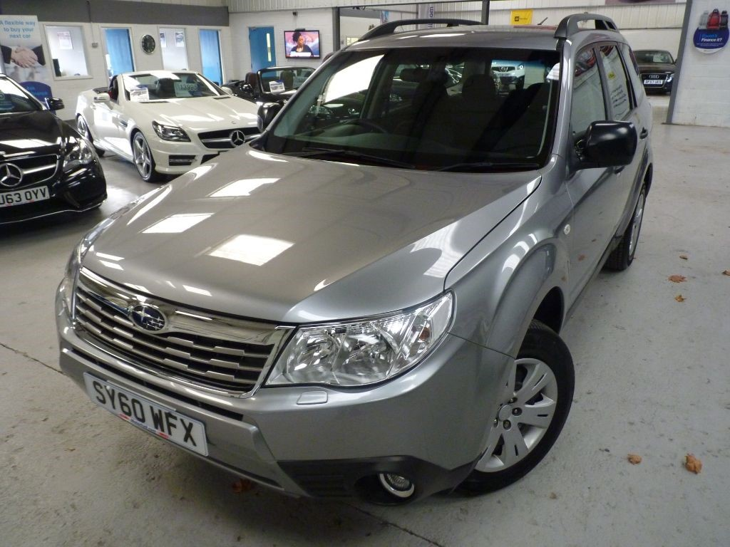 used Subaru Forester X 2.0 AUTOMATIC + 7 SVS STAMPS + AWD in sheffield