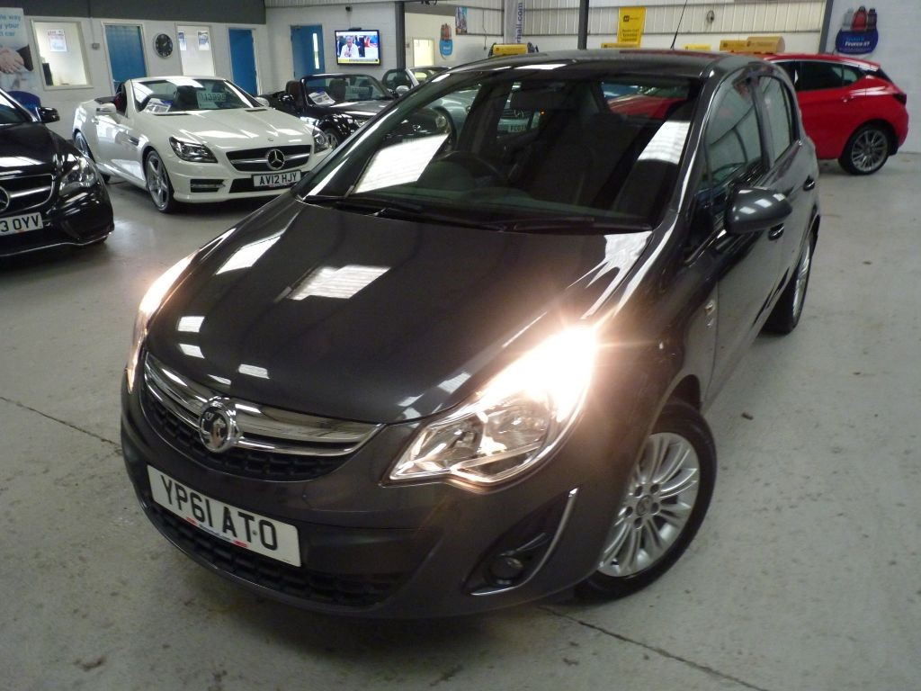 used Vauxhall Corsa SE CDTI + 6 SERVICES + OCT 19 MOT + 1 OWNER + H SEATS + 2 KEYS in sheffield