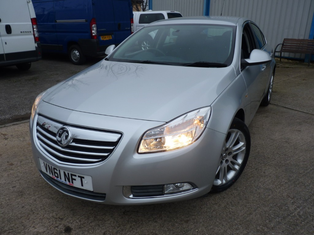used Vauxhall Insignia USED CAR SALE+EXCLUSIV 2.0 CDTI * SALE - WAS £3995 - NOW £3695 * in sheffield