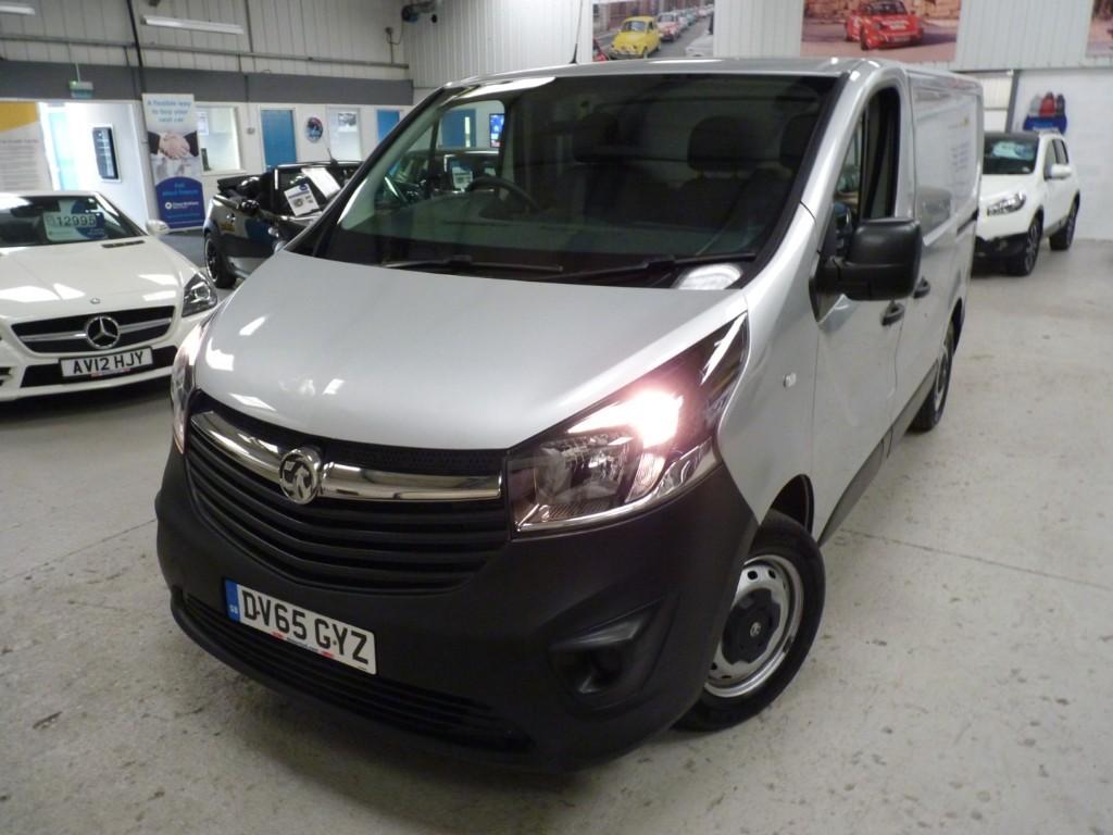used Vauxhall Vivaro 2700 L1H1 CDTI + SERVICE HISTORY + MAY 2020 MOT + DAB + EW + EM + SILVER in sheffield