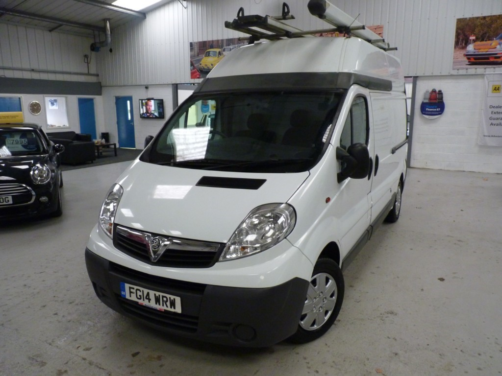 used Vauxhall Vivaro 2900 CDTI HIGH ROOF LWB + JUST SERVICED + JULY 20 MOT + 1 OWNER + BT in sheffield
