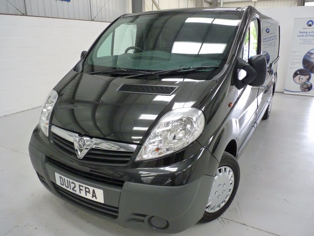 used Vauxhall Vivaro 2900 CDTI LWB + 5 SERVICES + 1 OWNER in sheffield