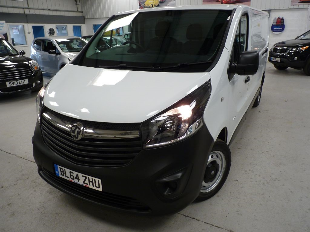 used Vauxhall Vivaro 2900 L2H1 CDTI + 3 SVS + FEB 19 MOT + 2 KEYS in sheffield